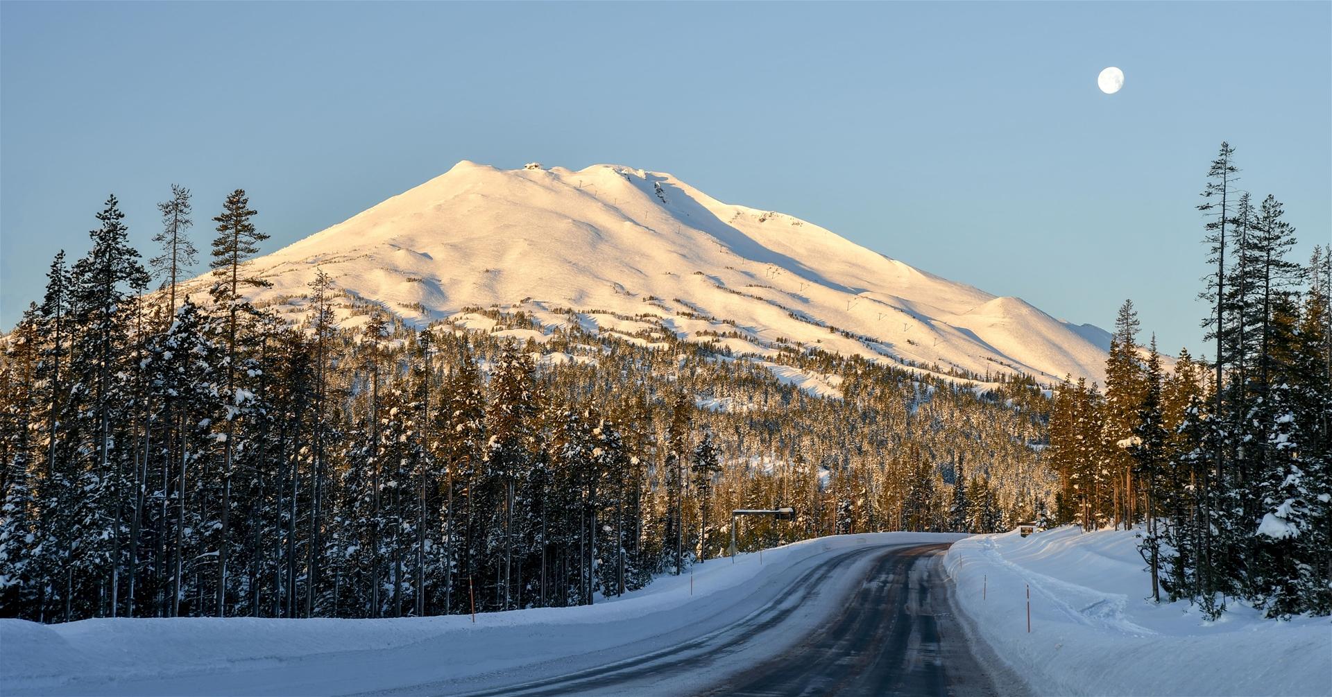 Mt. Bachelor Ski Resort - Ikon Pass Location 2021-2022